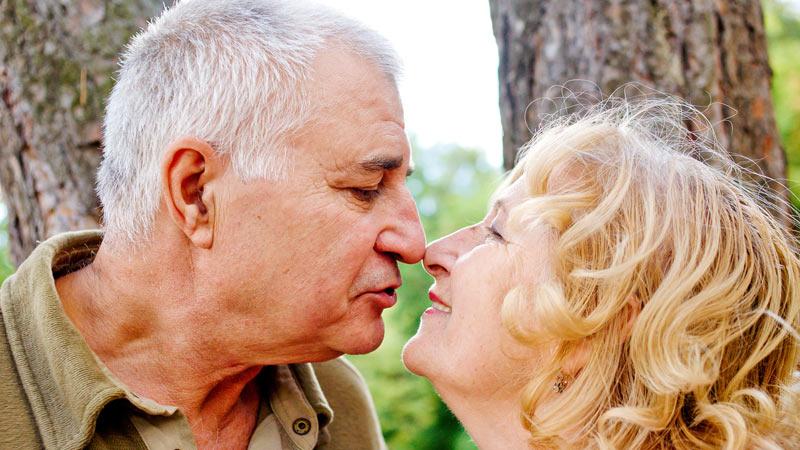 Sundhedstips til kvinder for et aktivt seksuelt liv efter 60 år-2659